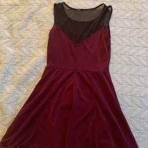 Sleeveless Maroon and black mesh Dress